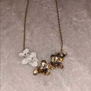 White and gold flower necklace